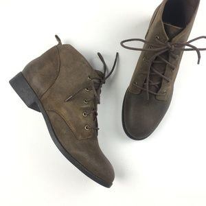 NEW Steve Madden Rezzer Brown Bootie